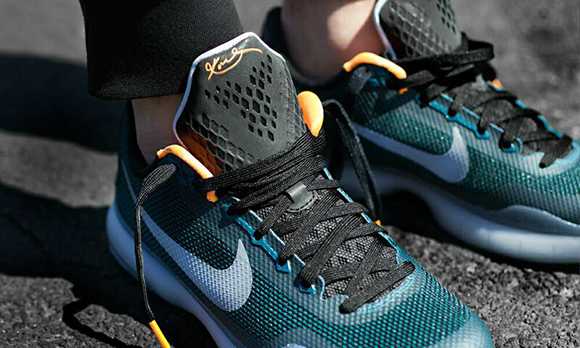 Nike Kobe 10 Flight On Foot