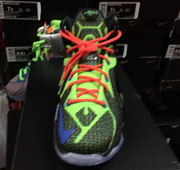 Nike LeBron 12 GS Joker