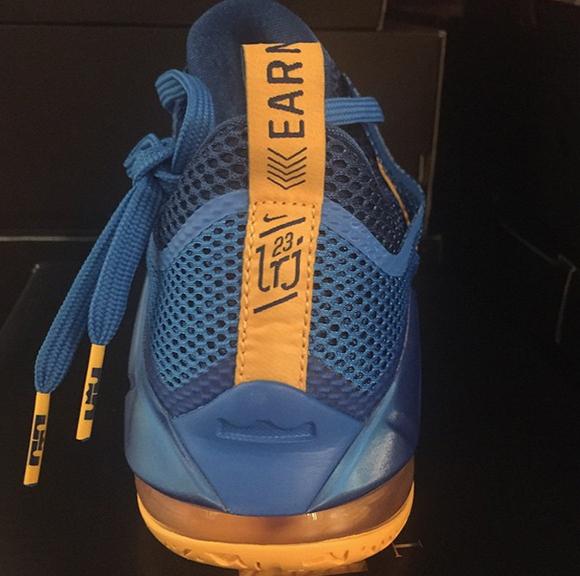 Nike LeBron 12 Low Entourage