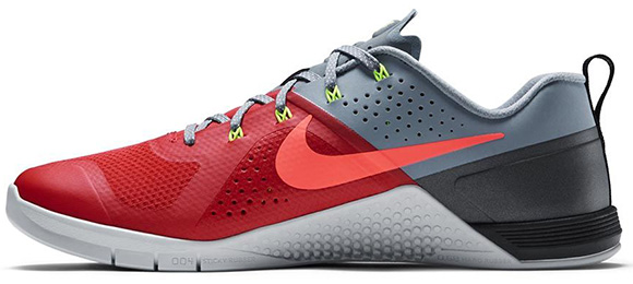 Nike Metcon 1 Daring Red Release Date