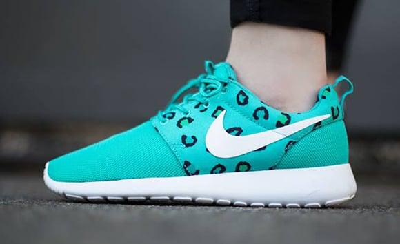 online store 6f5bf 788c6 Nike Roshe Run Print Womens Teal Leopard