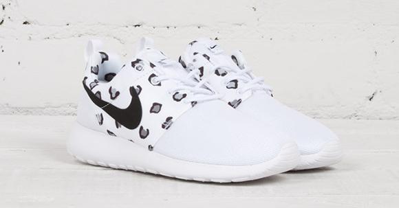 5ea155d5ab5d8f Nike Roshe Run Womens Leopard Print White Black