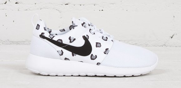 nike roshe run print white leopard cheetah fabric