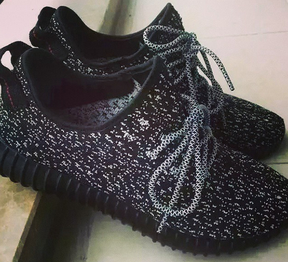 adidas Yeezy 350 Boost Low Black