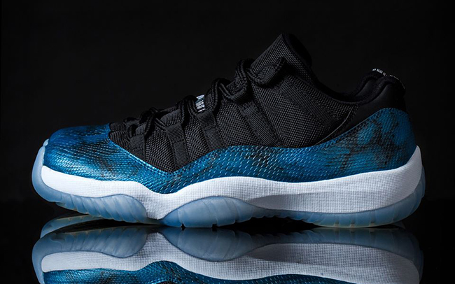Air Jordan 11 Low Blue Snake Custom
