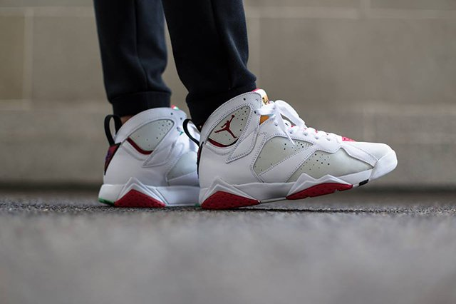 2b0b703d34d Air Jordan 7 'Hare' - On Foot | SneakerFiles