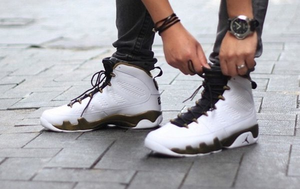 Air Jordan 9 Copper Statue On Foot