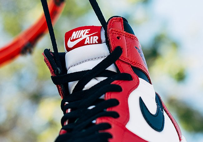 Air Jordan 1 Retro High OG Chicago Releasing Weekend