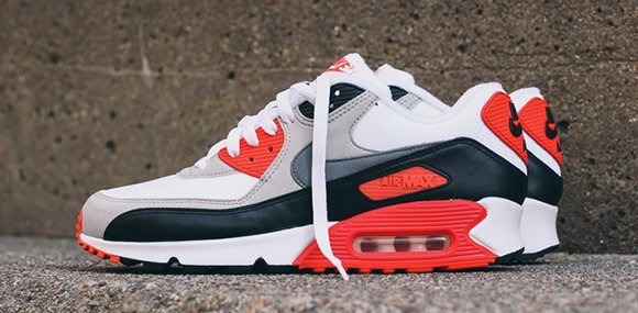 Nike Air Max 90 OG 'Infrared' Detailed Look | SneakerFiles