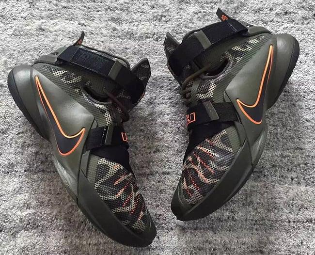 d844eec32122d Nike Zoom Soldier 9 Camo
