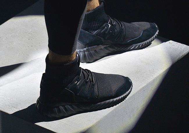 Adidas tubular doom sneakerfiles