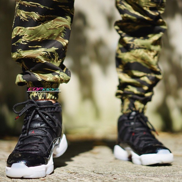 Air Jordan 11 72 10 On Feet