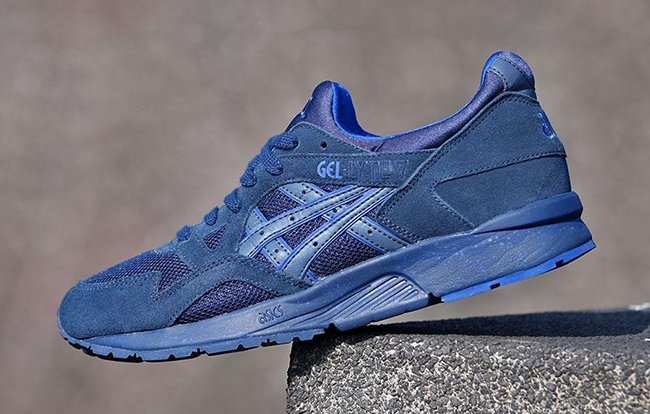 blue GEL-LYE V suede sneakers Asics