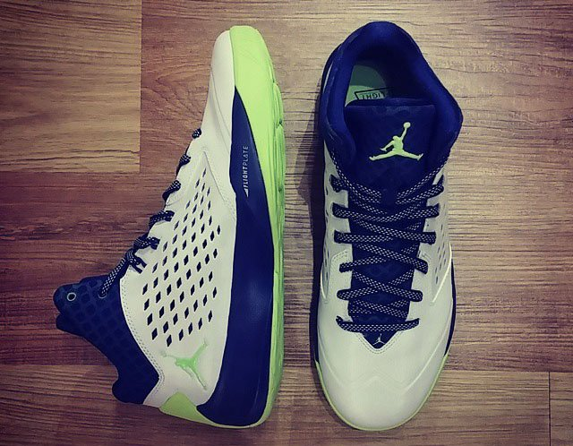 Jordan Rising High Ghost Green