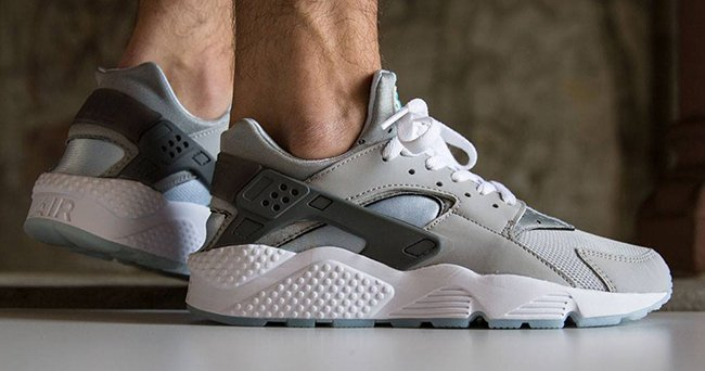 Nike Air Huarache Mag On Feet