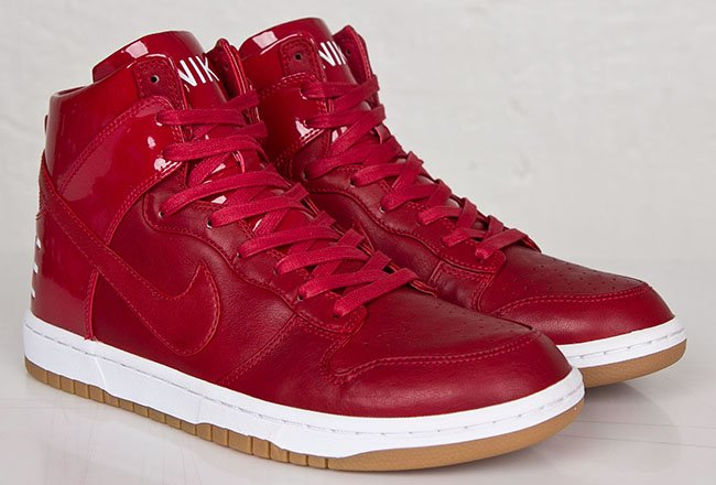 Nike Sneaker High Red