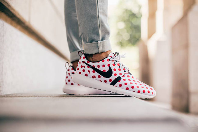 Nike Roshe Run NM Polka Dot Red On Feet