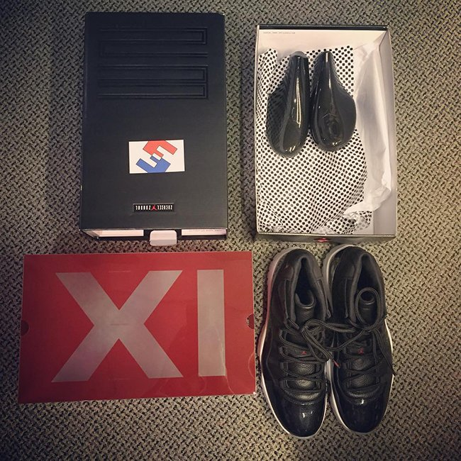 7d9940cecbce9 Air Jordan 11 72-10 Christmas Holiday 2015 | SneakerFiles