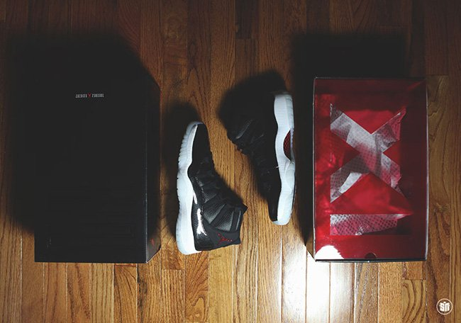 Air Jordan 11 72-10 Packaging Box