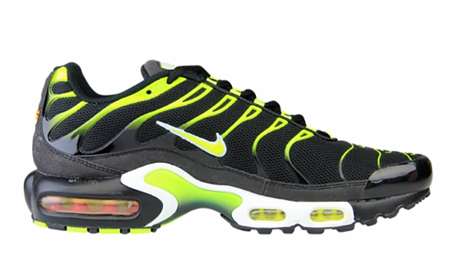 Nike Air Max Plus Black Volt