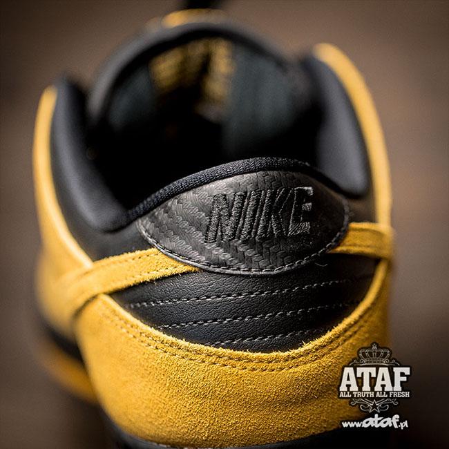 Nike SB Dunk Low University Gold Black