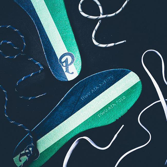 Sneaker Politics Reebok Ventilator Lakes Pack