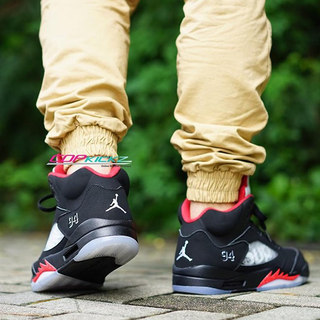 official photos df3f3 5d95c Supreme Air Jordan 5 Black On Feet