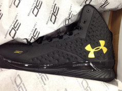 Under Armour Curry 1 Blackout Release Date