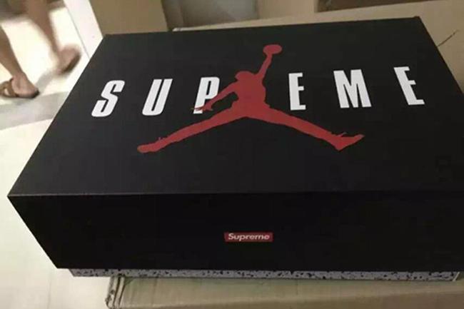 Supreme Air Jordan 5 Box Packaging