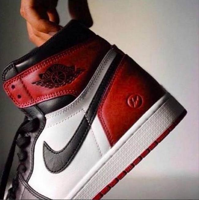 Fragment Air Jordan 1 Black Toe