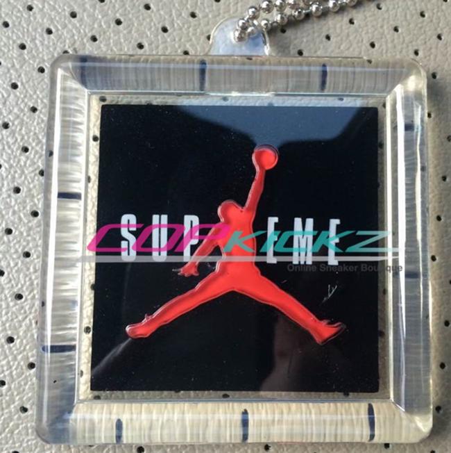 Supreme x Air Jordan 5 Hangtag