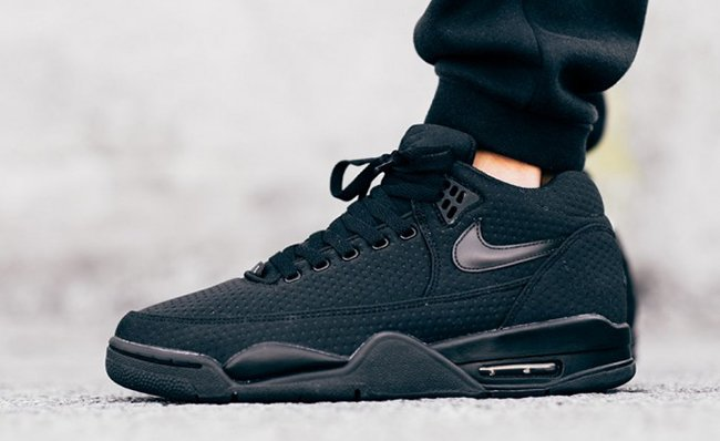 Nike Flight Squad Triple Black