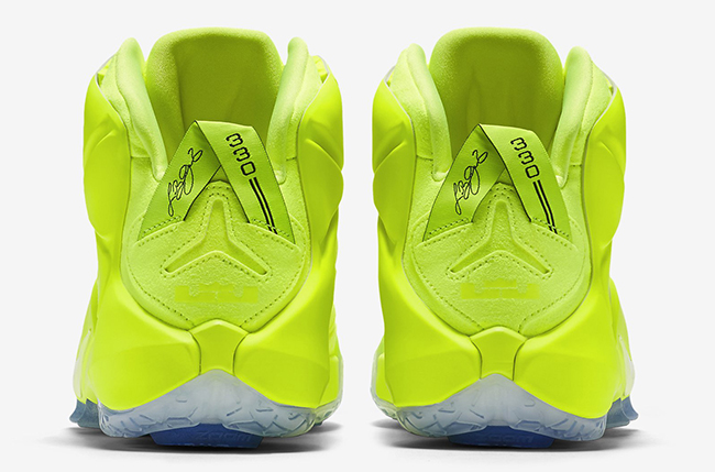 Nike LeBron 12 EXT Tennis Ball