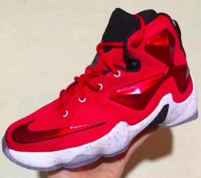 Nike LeBron 13 Gym Red