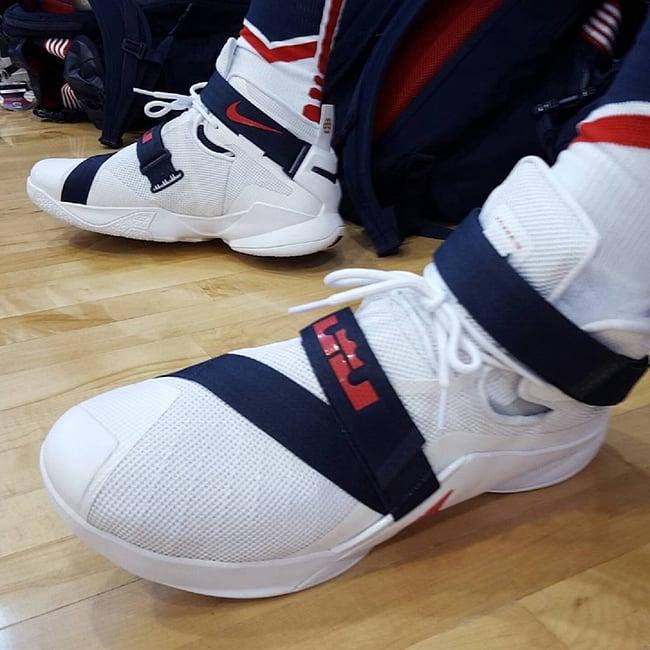 super cute 0262d 79141 Nike LeBron Soldier 9 USA | SneakerFiles