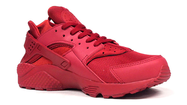 Red Nike Air Huarache