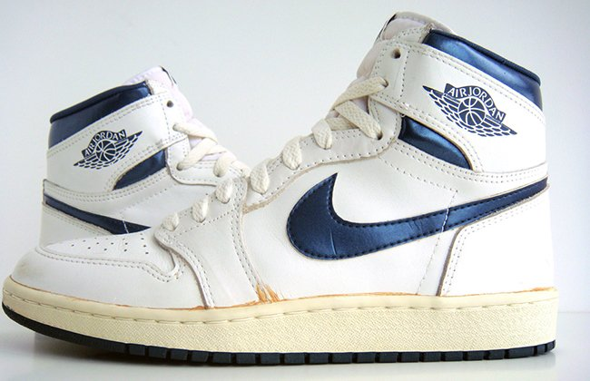 96e68eb7f379 Air Jordan 1 Retro High OG Metallic Navy 2016