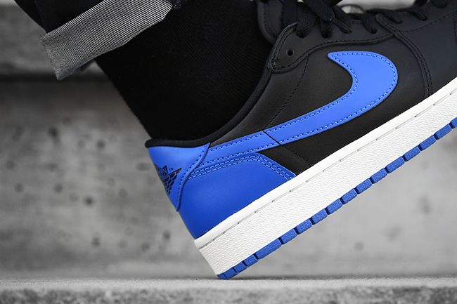 Air Jordan 1 Retro Low OG Royal On Feet