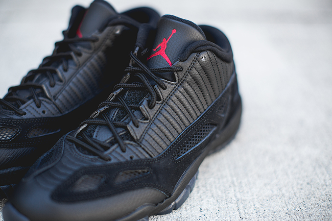 air-jordan-11-ie-low-referee-releasing-3