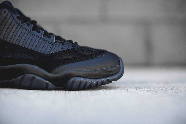 eee950b65d55 Air Jordan 11 IE Low Referee Releasing