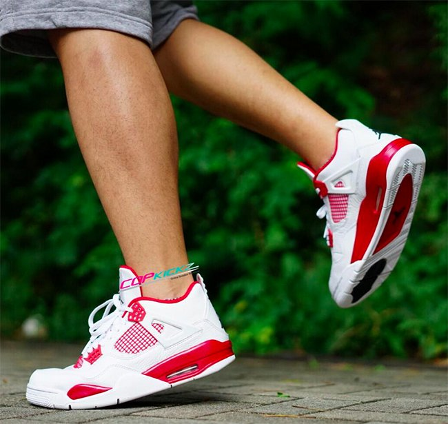 Air Jordan 4 Alternate 89 On Feet