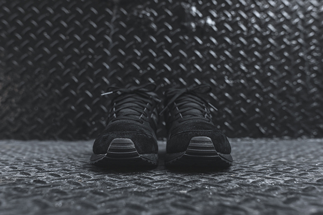 New Balance 530 Triple Black