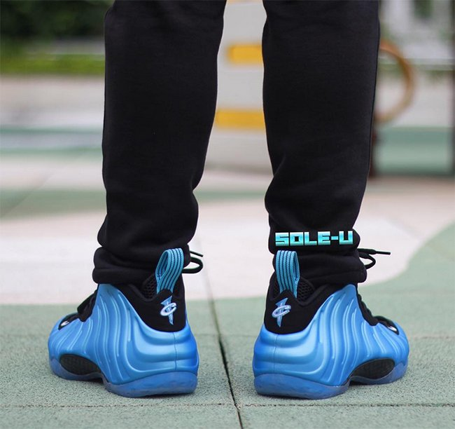 Nike Air Foamposite One University Blue On Feet