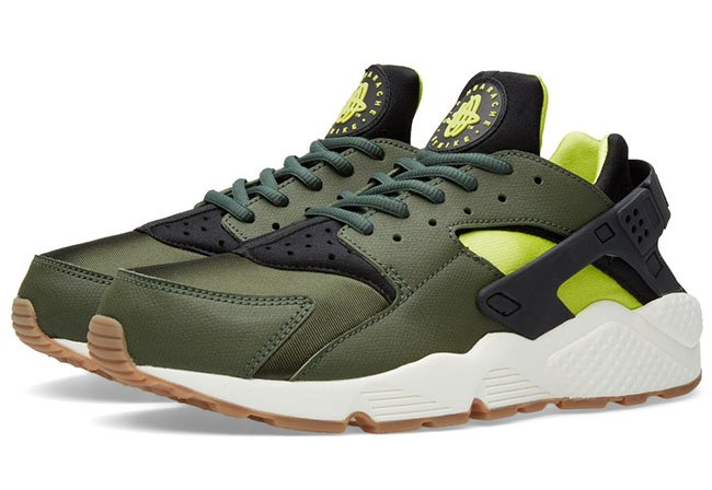 Nike Air Huarache Carbon Green