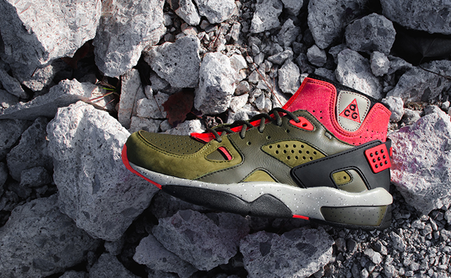 comentarista arrastrar Parpadeo  Nike Air Mowabb OG Militia Green | SneakerFiles