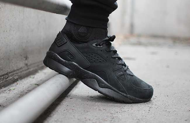 Nike Air Mowabb OG Blackout