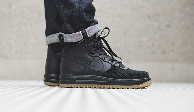 check out 4ee11 91b05 YouTube Nike Lunar Force 1 Duckboot Black Gum Protect Your Feet ...
