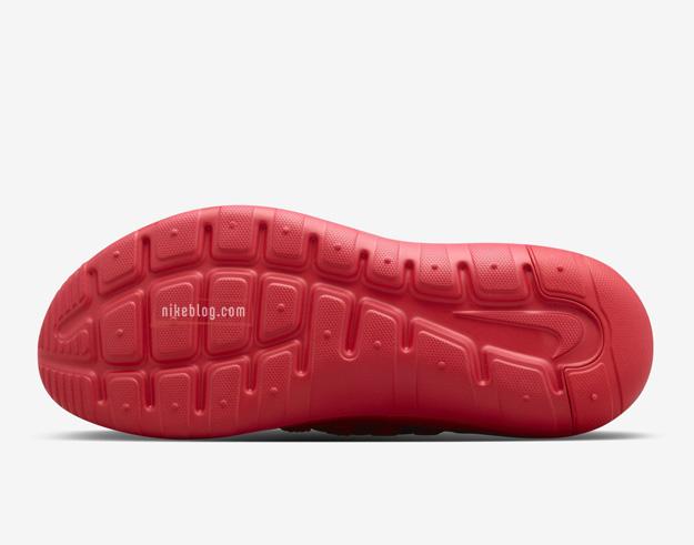 Nike Payaa Red