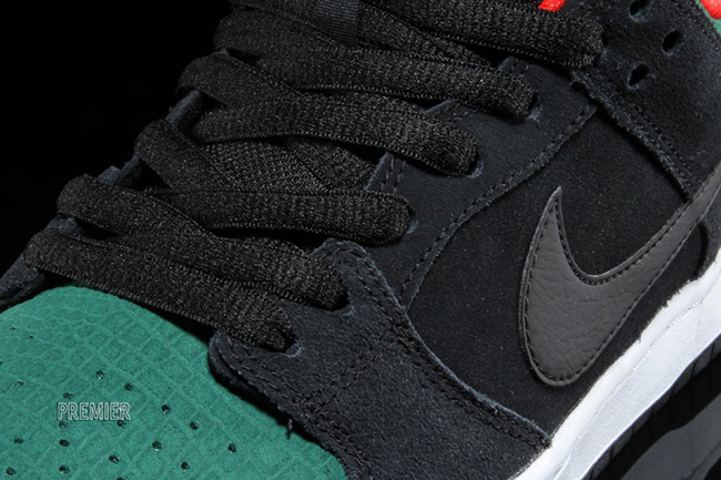 Nike SB Dunk Low Reptile