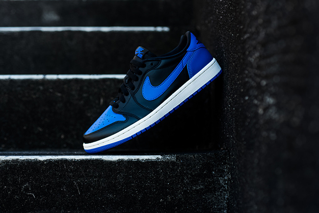 c3d70927e4f Air Jordan 1 Retro Low OG Royal Blue